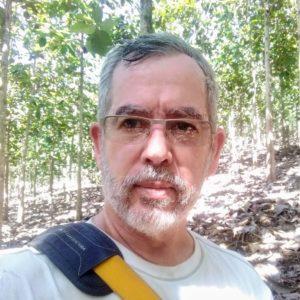 Portrait photo of WFI Fellow Rodolfo Vieto from Costa Rica